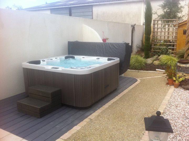Installation d'un Spa 6 Places Version Prestige sur Le Fenouiller