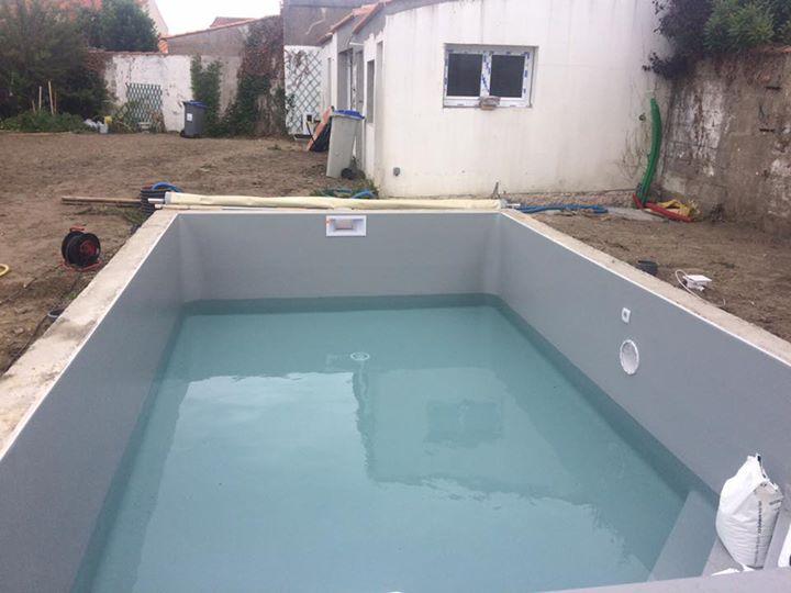 Bien connu escalier banquette piscine sv39 humatraffin - Piscine avec liner gris ...