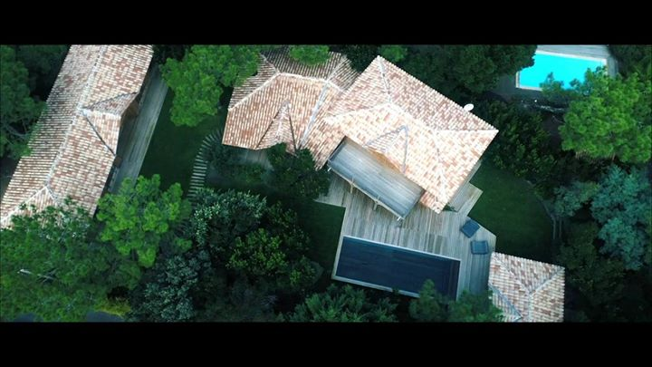 #capferret #PiscinedeFrance #fondmobile Partenaire DL Drone